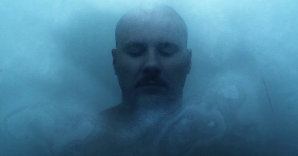 Creating a Cryogenically Frozen Tank Effect   Cine Tips #7