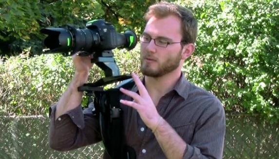 $20 Shoulder Rig for Video DSLR Shooting