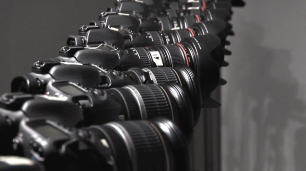 DIY Matrix-style bullet time video with 24 DSLRs