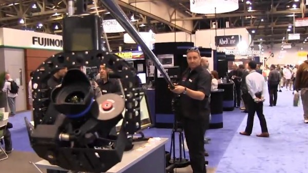 NAB 2011: Polecam video DSLR compact jib