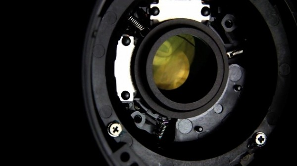 The mechanics of image stabilization explained